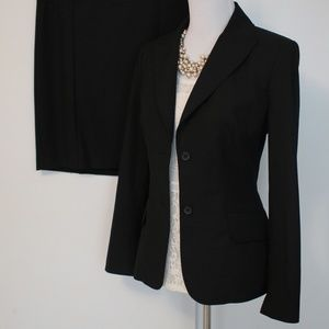 THE LIMITED Size 6 Black Skirt Suit Blazer